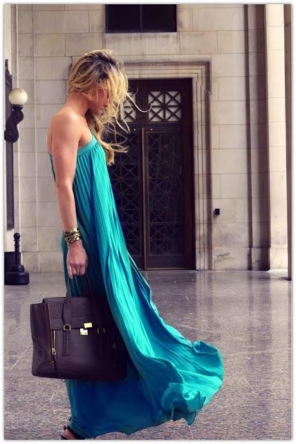 1The Maxi Dress
