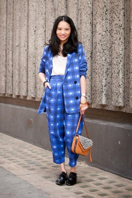 2_patterned-trouser-suit