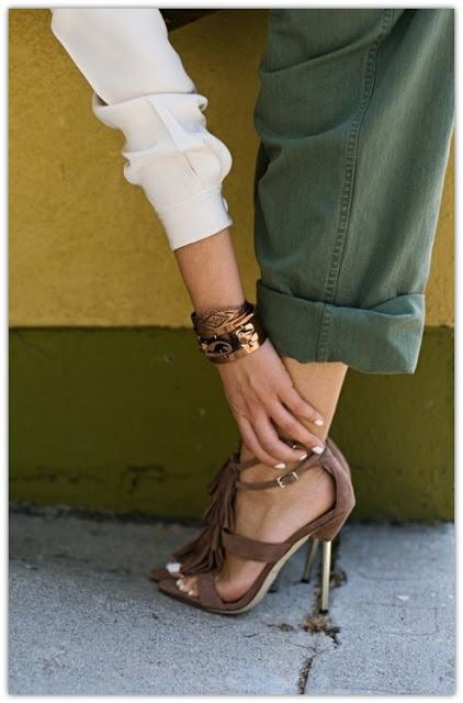 Khaki Touches in style